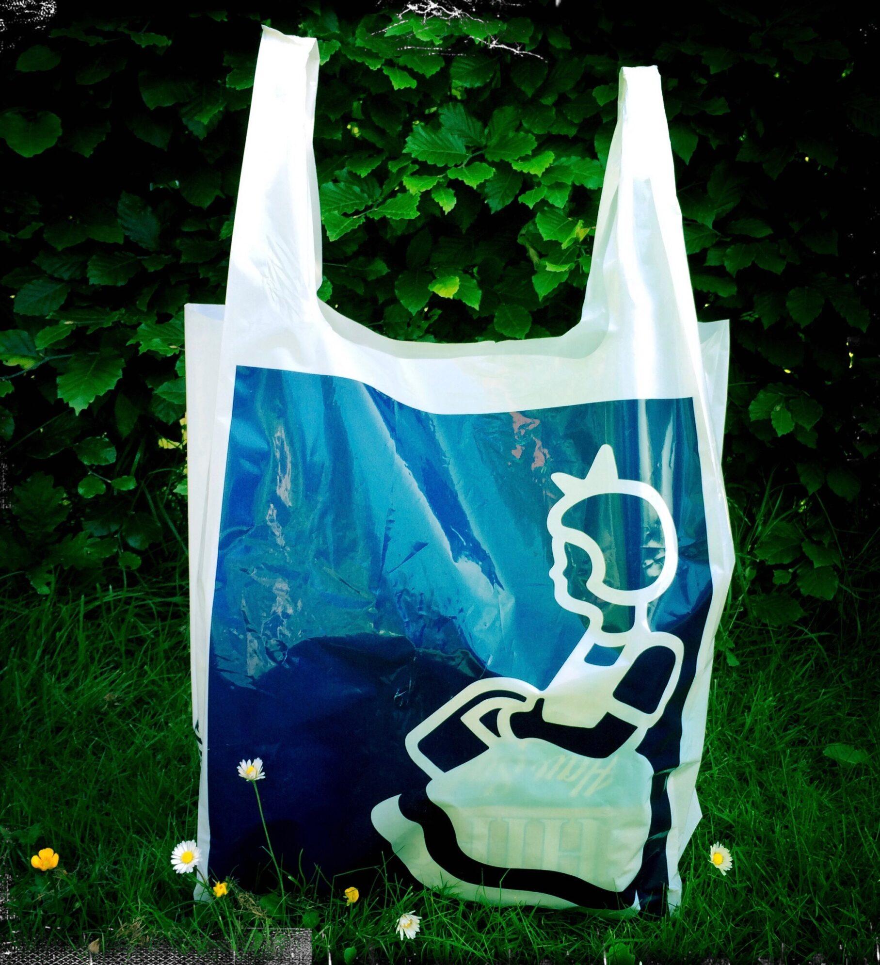 Spar på plasticposerne